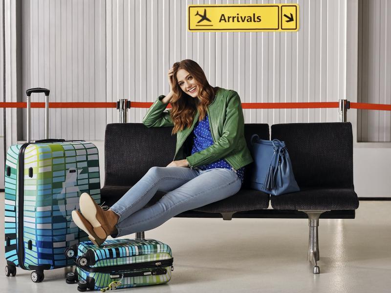 Sezon wakacyjny wcale się nie skończył! Zobacz, jak mądrze spakować walizkę!