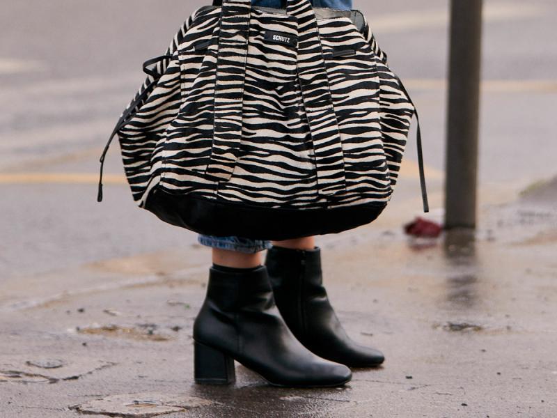 Skórzane botki w Lidlu od kiedy można je kupić i ile