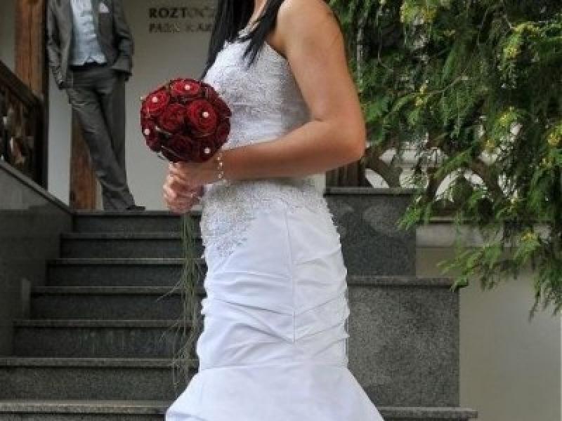 śnieznobiała Suknia ślubna Impresja Suknie ślubne Ogłoszenie