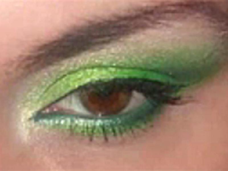 Soczysta zieleń na powiekach