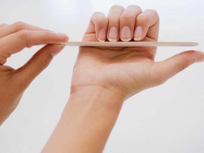 Sposoby na żółte paznokcie