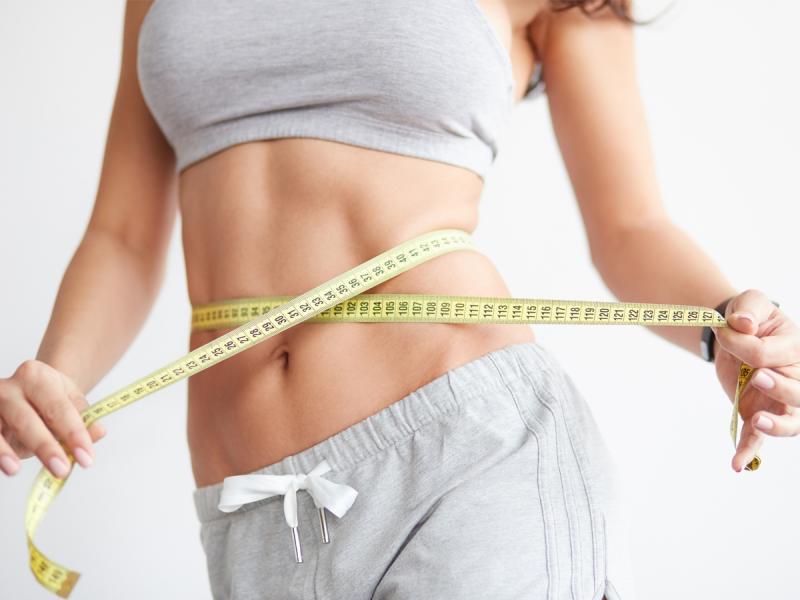 Stosujesz dietę, ale nadal nie chudniesz? Poznaj 5 mitów na temat odchudzania, które mogą ci pomóc