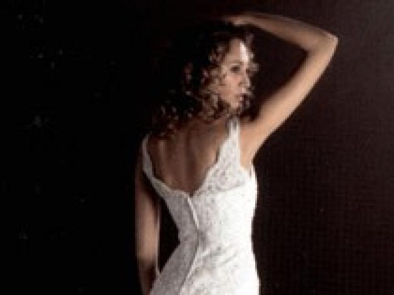 3e9339cc9c Suknia ślubna Madonna White One 220 - r. 36 38 - Suknie ślubne - Ogłoszenie  - Komis