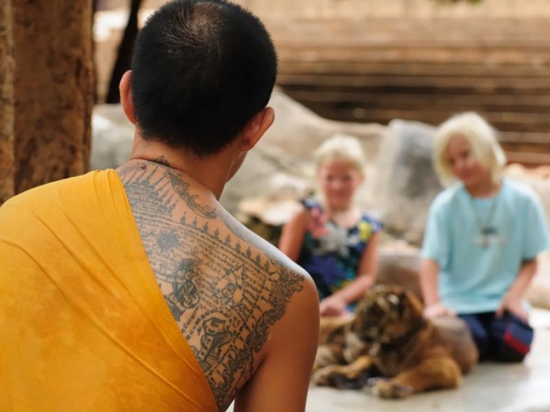 Tatuaż Sak Yant – azjatycki amulet