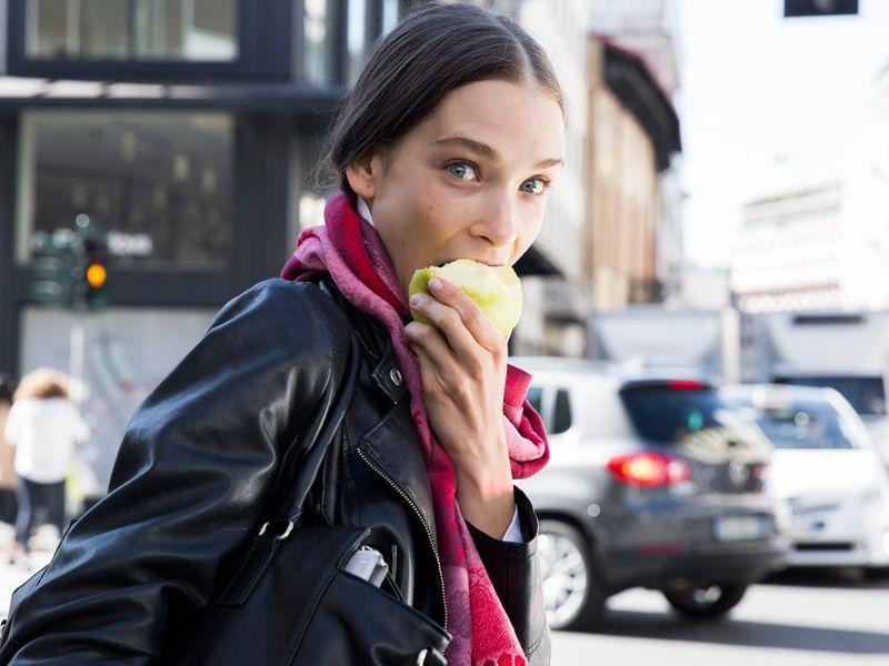 Te produkty spożywcze mogą przyspieszyć powstawanie zmarszczek!