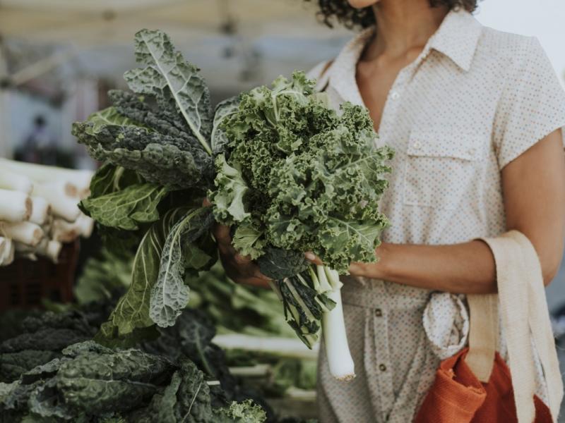 Te warzywa i owoce warto jeść jesienią! Są zdrowe, niskokaloryczne i smaczne!