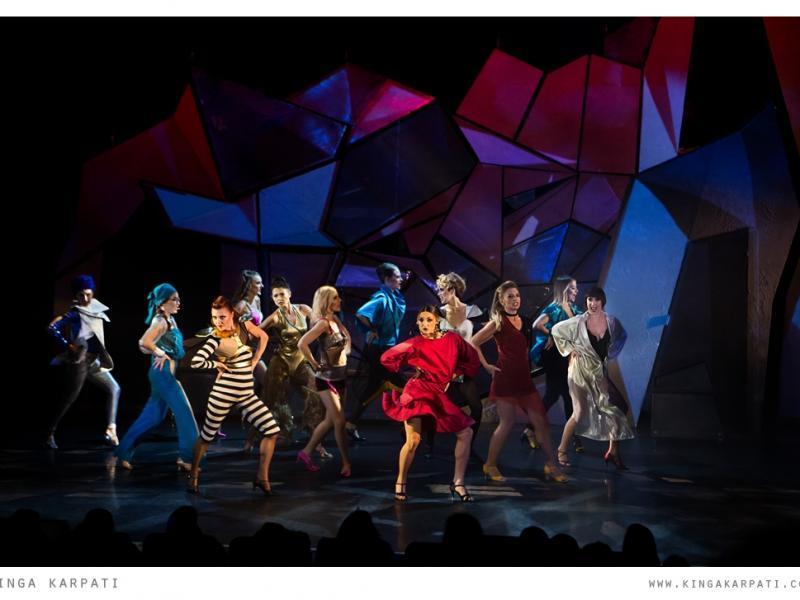 Teatr (nie)tylko dla kobiet! Musisz to zobaczyć, najlepiej z przyjaciółkami!