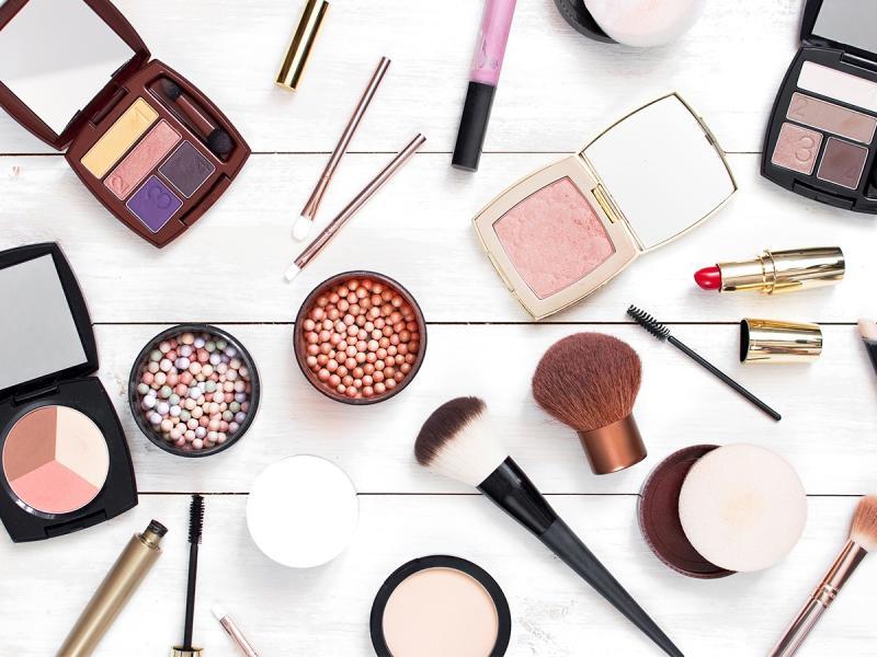 """To jeden z najbardziej """"zapychających"""" składników w kosmetykach! Wiesz, że używasz go niemal codziennie?"""