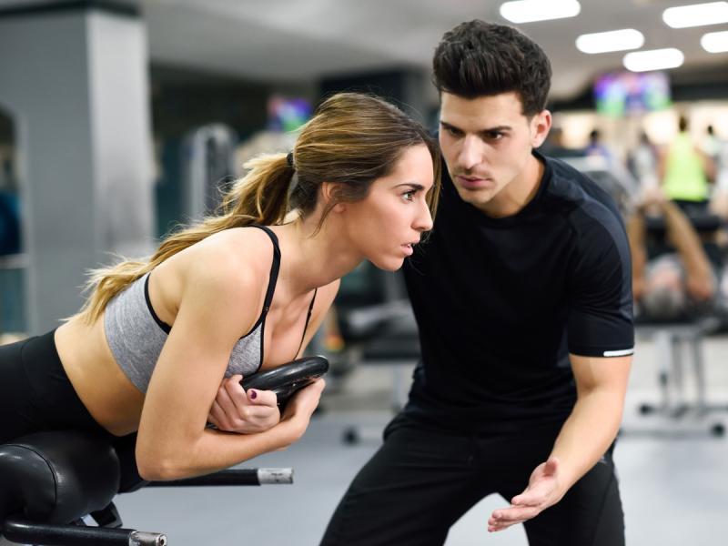 To się opłaca! 6 najważniejszych zalet ćwiczeń z trenerem personalnym