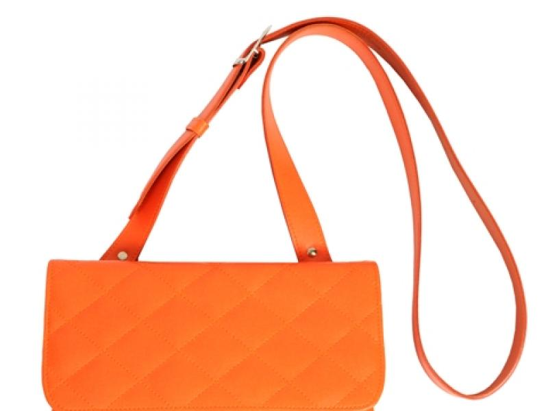 69270e22e576b Mandarynkowa torebka rozświetli każdy strój! Ten kolor będzie hitem 2012  roku /fot. Torebka