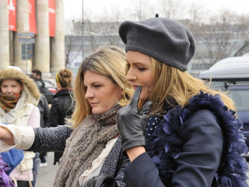 Trinny i Susannah - wystarczy, że zajrzą do Twojej szafy! Te dwie Brytyjki zrewolucjonizowały modowe programy telewizyjne, a przy okazji pomogły kobietom na całym świecie. /fot. MWmedia