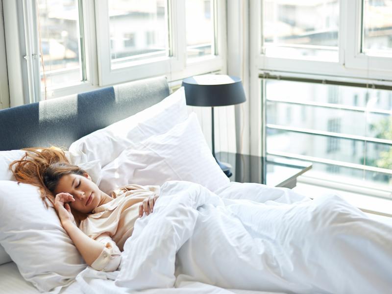 UWAGA! Absurdalny sposób na odchudzanie - śpisz 20 godzin i nie jesz!