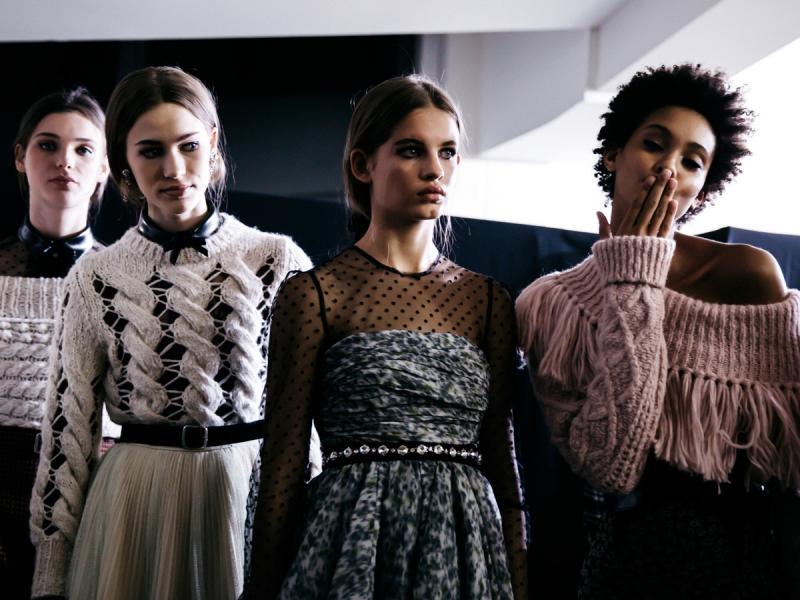 W Monnari znajdziecie świetne ubrania i dodatki dla stylowych kobiet. Zobaczcie koniecznie!