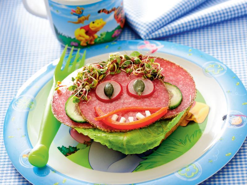 Wesoła kanapka - danie dla dzieci