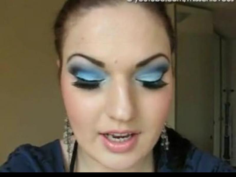 Wielki błękit - makijaż na lato (video)