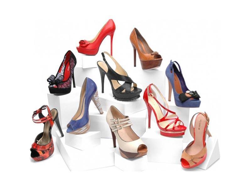 Wiosenna kolekcja Kazar 2011 okiem stylistów
