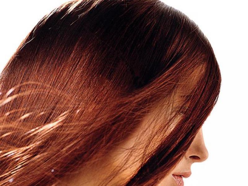 Włosy łagodnie rude