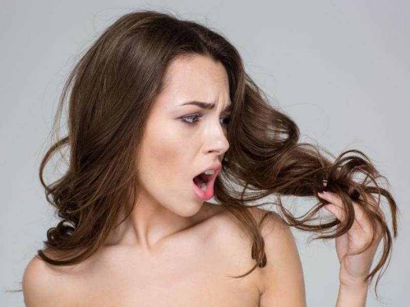 Wypadają ci włosy? Wiemy, jak temu zaradzić!