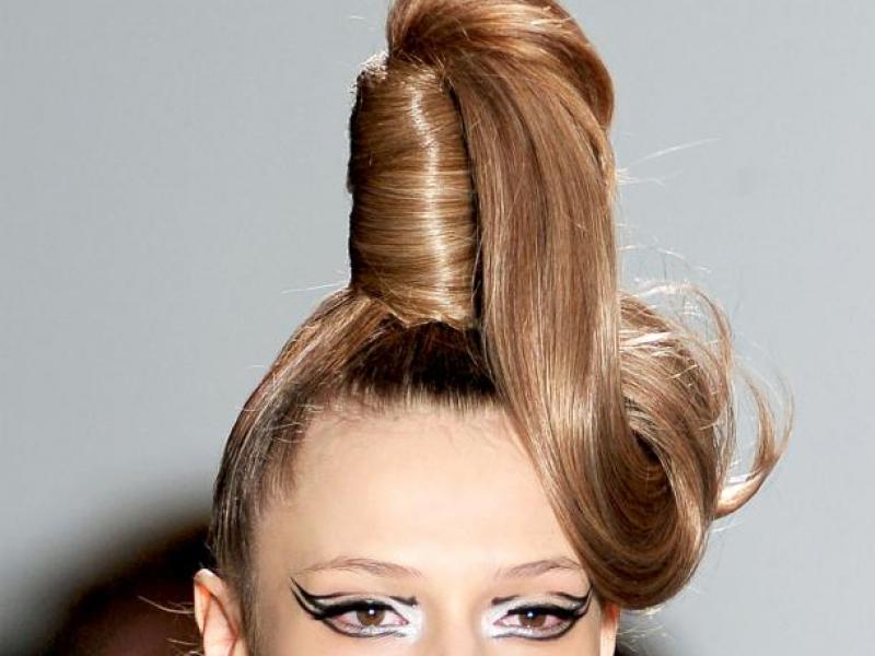 Wystrzałowa fryzura na Sylwestra
