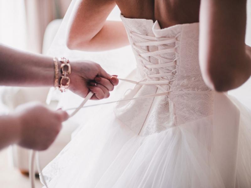 """""""Za miesiąc mój ślub, ale ja kocham innego. Chcę uciec, ale boję się, że wszystkich zranię"""""""