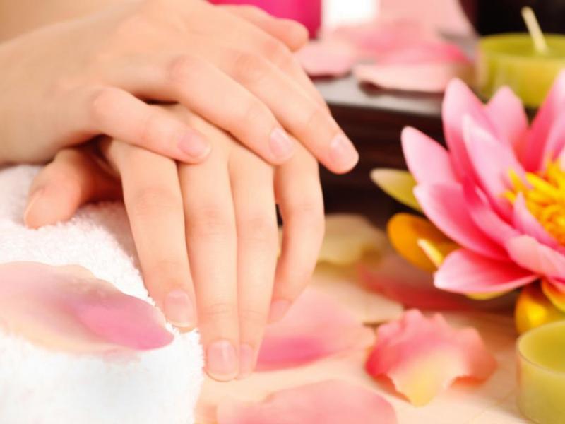 Zadbaj o dłonie kremami Kamill