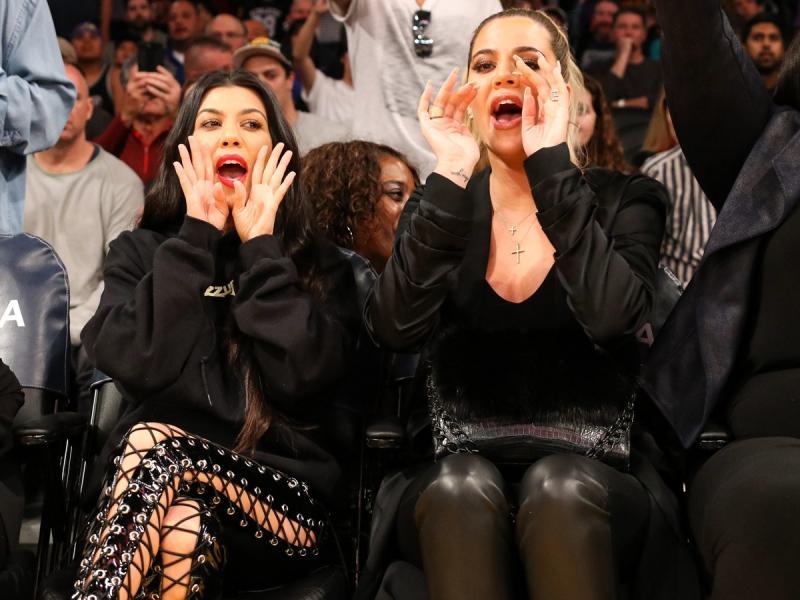"""Zdjęcie Kardashianek w futrach zniesmaczyło fanów. """"To okrucieństwo, jesteście obłudne!"""". Zasłużyły na to?"""