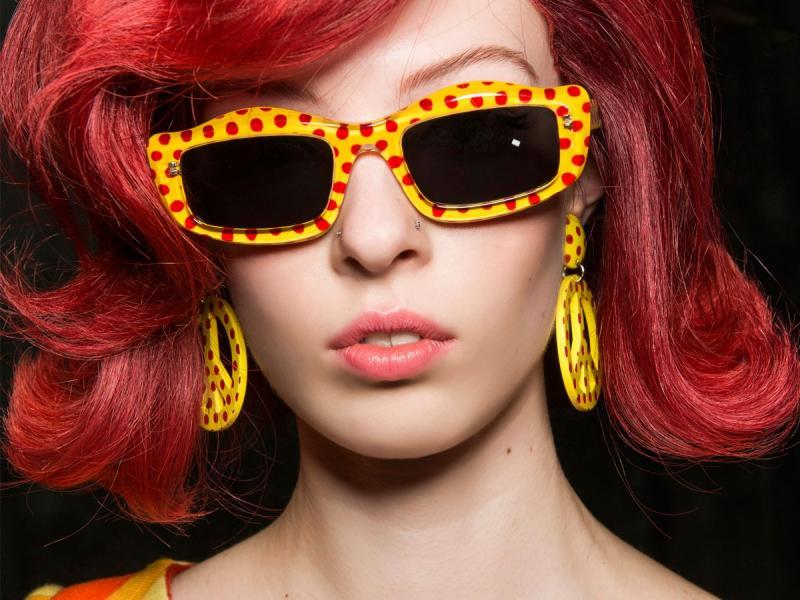 Znudziło ci się sombre? Świetnie! Nowym hit w koloryzacji to cranberry hair