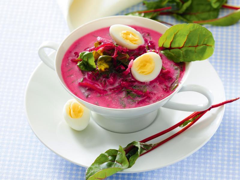 Zupa botwinkowa zabielana - wypróbuj ten przepis!