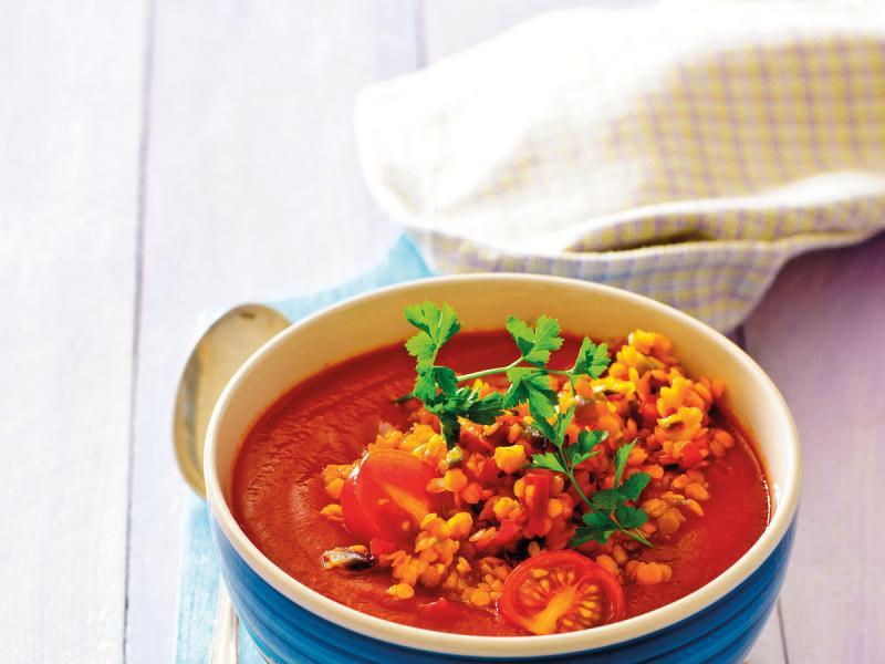 Zupa z soczewicy z curry i czosnkowymi grzankami - przepis