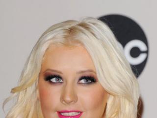 Christina Aguilera bardziej podoba mi się: