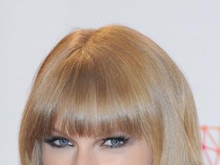 Który makijaż Taylor Swift wolisz?