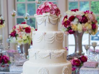 Który tort weselny podoba ci się najbardziej?