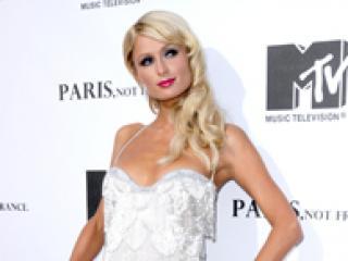 W sukience od Roberta Cavalli lepiej wygląda: