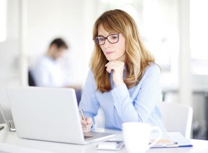 10 objawów, po których poznasz menopauzę