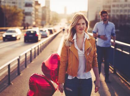 10 sygnałów sugerujących, że twój partner cię zdradza – lista stworzona przez terapeutów