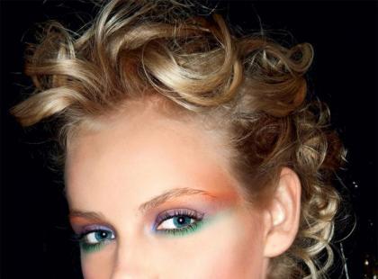 10 wiosennych hitów w makijażu