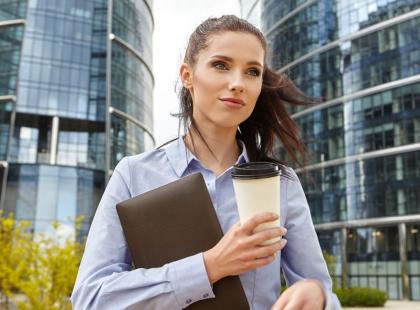 10 zasad, których musisz się trzymać, aby odnieść sukces w korporacji