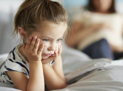 """10 zdań, które lepiej powiedzieć dziecku zamiast: """"Nie płacz. Nic się nie stało"""""""