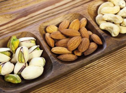 11 przepisów na przekąski do 99 kalorii