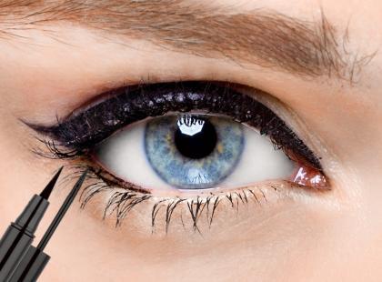 17 najlepszych czarnych eyelinerów