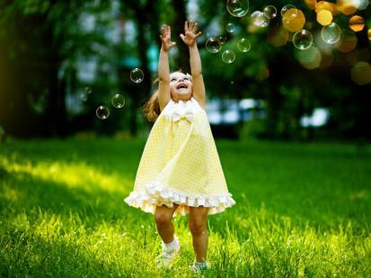 17 pomysłów na zabawę na świeżym powietrzu