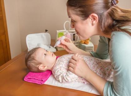 3 mity na temat zwalczania kataru u niemowlęcia!