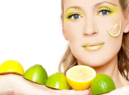 3 najskuteczniejsze maseczki do twarzy z owoców