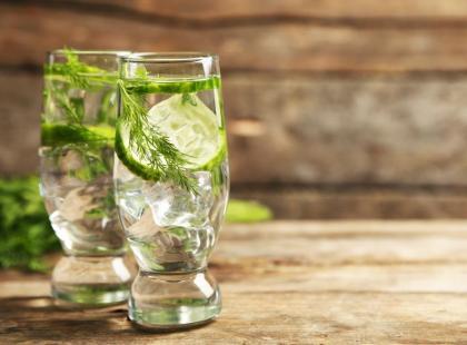 3 przepisy na domową wodę smakową!
