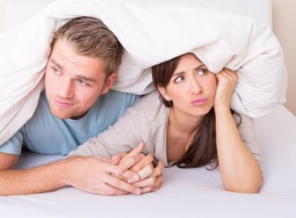 3 rady, jak rozmawiać z partnerem o problemach w seksie
