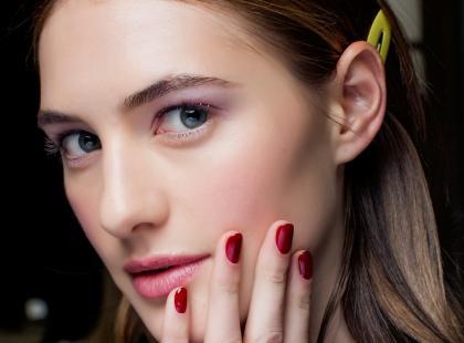 4 grzechy główne manicure hybrydowego. Popełniasz je?