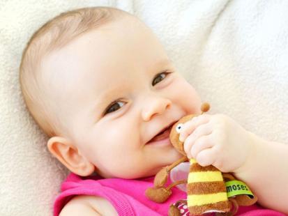 4 korzyści, które dziecko otrzymuje wraz z mlekiem matki