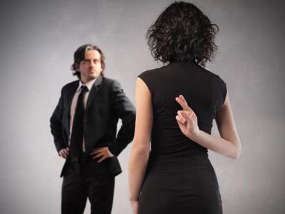 4 (nie)uzasadnione rodzaje kłamstw, jakich dopuszczamy się w pracy