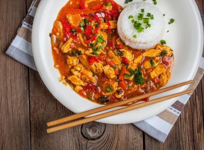 4 przepisy na najsmaczniejsze sosy do ryżu