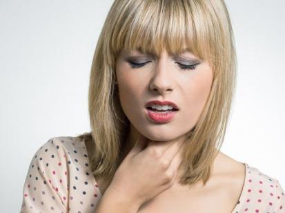 4 przetestowane sposoby na ból gardła